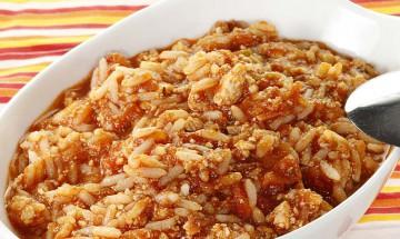 Reispfanne mit Tomaten-Tofu-Sauce