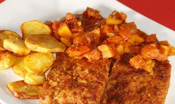 Rostbraten mit Karotten-Süßkartoffelragout und Bratkartoffeln