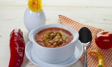 Tomaten-Paprika-Melonen-Gazpacho