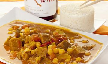 Kichererbsen-Curry mit Seitan und Tomaten