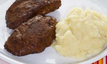 Vleischlaibchen mit Kartoffelpüree