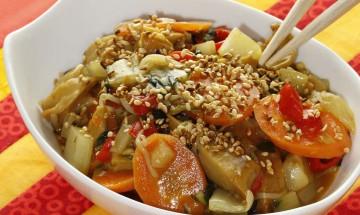 Gemüse-Wok mit V-Entenbruststreifen