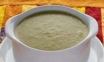 Brokkoli-Sellerie-Cremesuppe